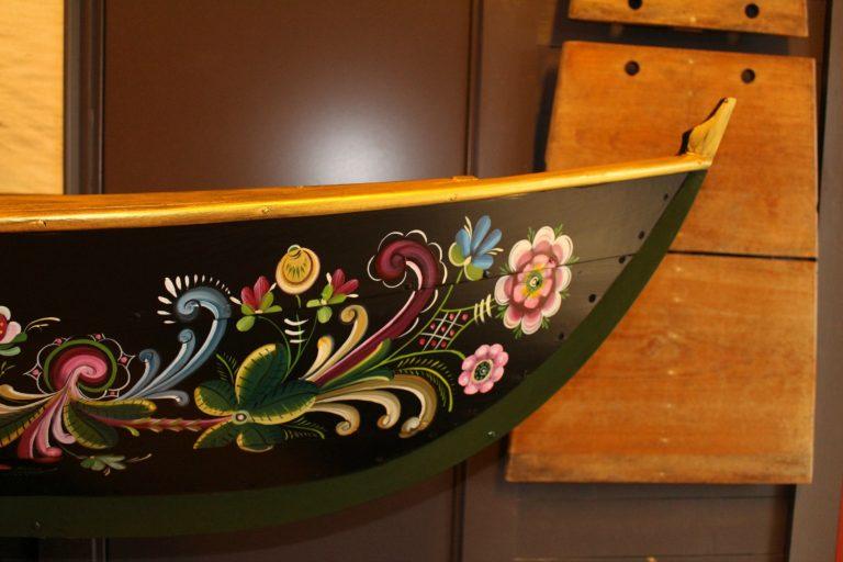 Oselvar Rosemaling Boat